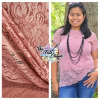 Mauve Stretch Lace with scalloped edge